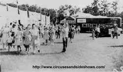 Duke of Paducah Circus midqat 1960