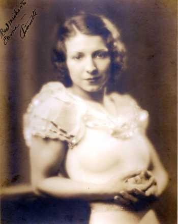Antoinette Concello circus trapeze artist
