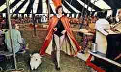 Circus Kirk Performer