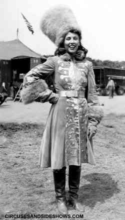 Elsie Jung circus performer