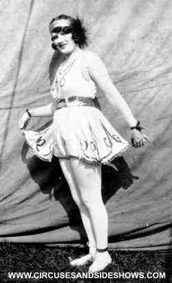 Esma Wilson on Hagenbeck Wallace Circus