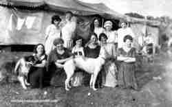 1923 circus performers