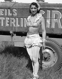 Circus performer teresa Morales Machett
