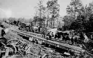 Walter L. Main Circus train wreck 1